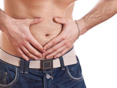 Грыжа в паху у мужчин: симптомы, лечение