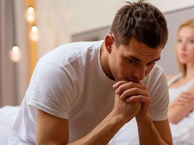Как проявляется молочница у мужчин: симптомы